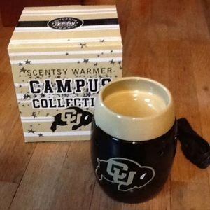Scentsy campus collection warmer